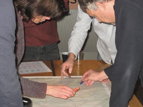raadsleden die schetsen